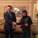 Talgat Narikbayev (Rettore Kazguu University Astana) e Debora Serracchiani (Presidente Regione Friuli Venezia Giulia) - Astana 03/11/2016